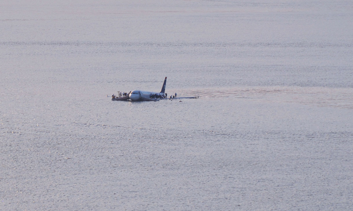 An image from the Hudson river plane crash.