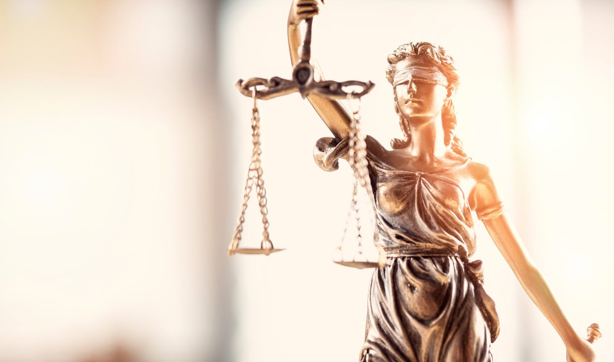 /content/dam/rmit/rmit-images/media-releases/2019/spent-convictions/scales-of-justice-law-order-1220_x_720.jpg