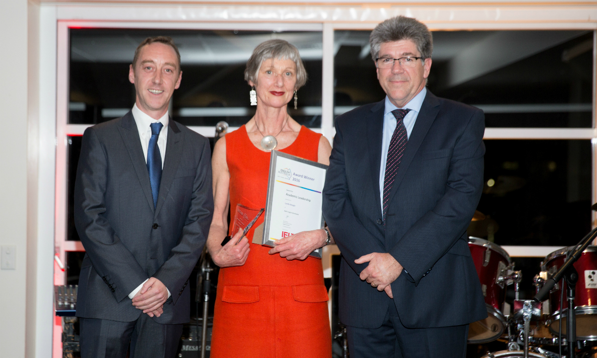 RMIT English Worldwide director, Lynda Beagle, with English Australia award for Academic Leadership