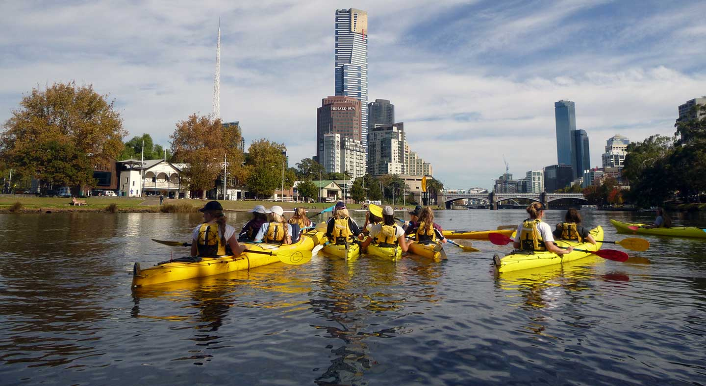 Students kayaking on the Yarra River.